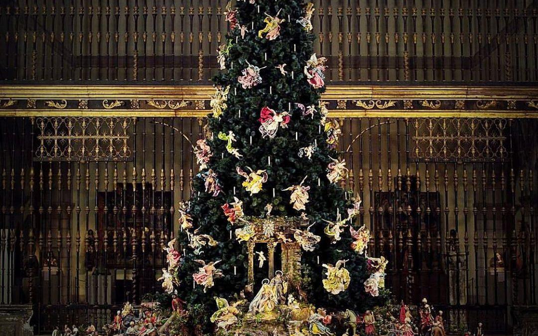 NYC Christmas Events: 2 Fabulous Christmas Trees