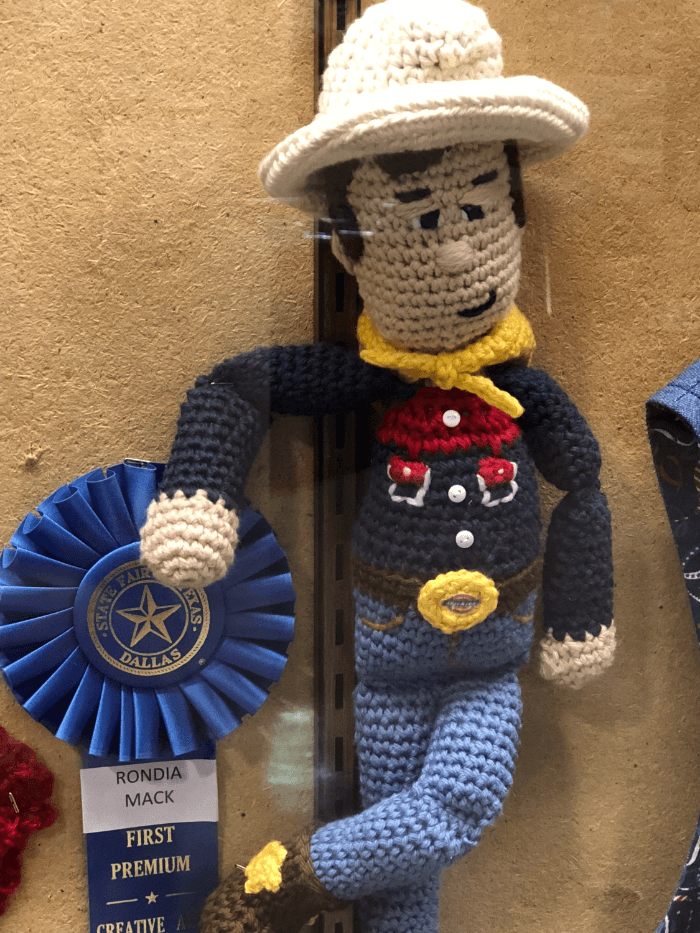 Ribbon Winners Knit Big Tex Blue Ribbon