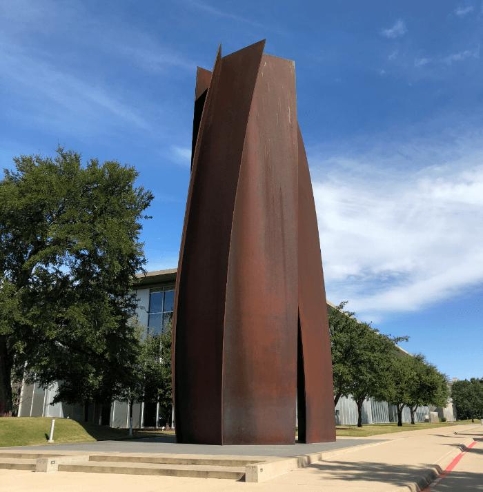 Ft. Worth Brings Fashion Modern Art Museum Sculpture