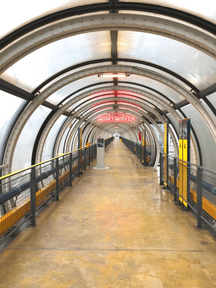 Centre Pompidou exterior hallway